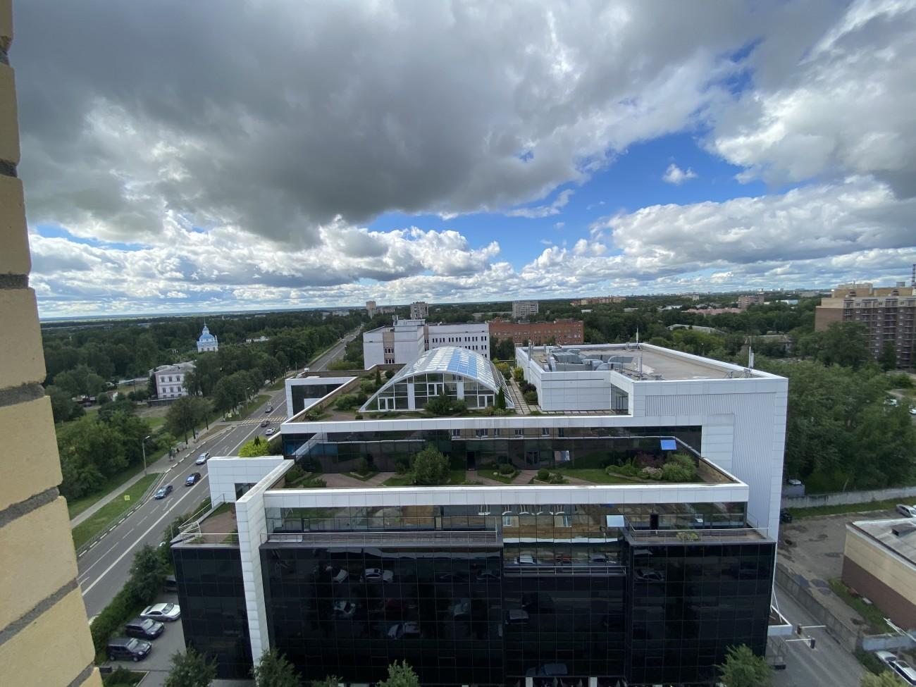 Вид с 13 этажа на Тензор